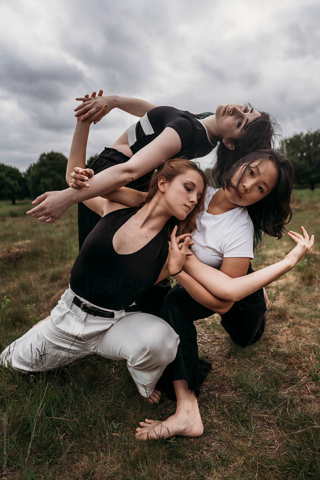 Modern dancers in nature